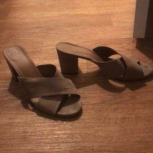 Sandals (mule)